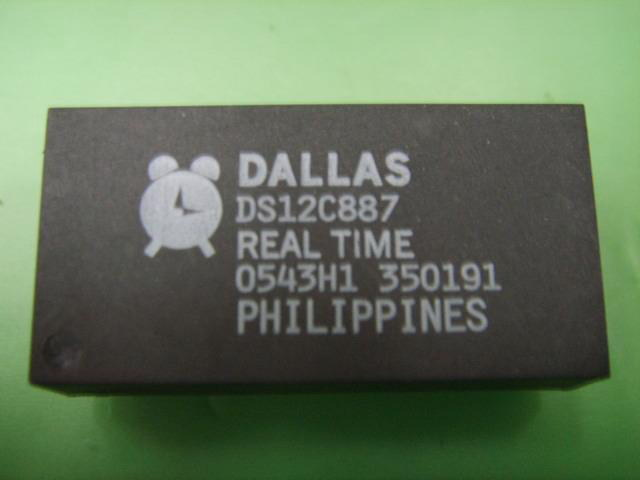 DS12C887 Real Time Clock DIP-18 IC